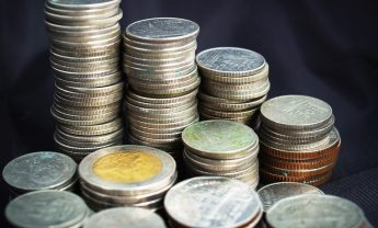Junts busca el triple pacto para investir a Aragonès: Bruselas, Barcelona, Madrid